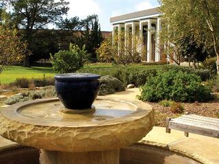 Barrett&Fountain.jpg