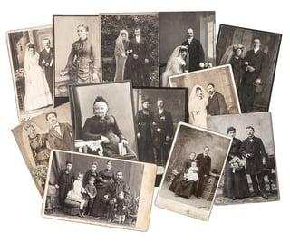 family_photos.jpg?t=1475105168568&name=family_photos.jpg&width=320