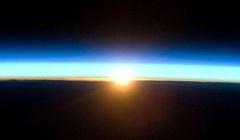 jan_22_sun_over_earth.jpg